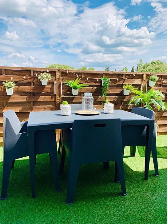 Lot de 2 chaises de jardin empilables SOROCA - Polypropylène - Anthracite