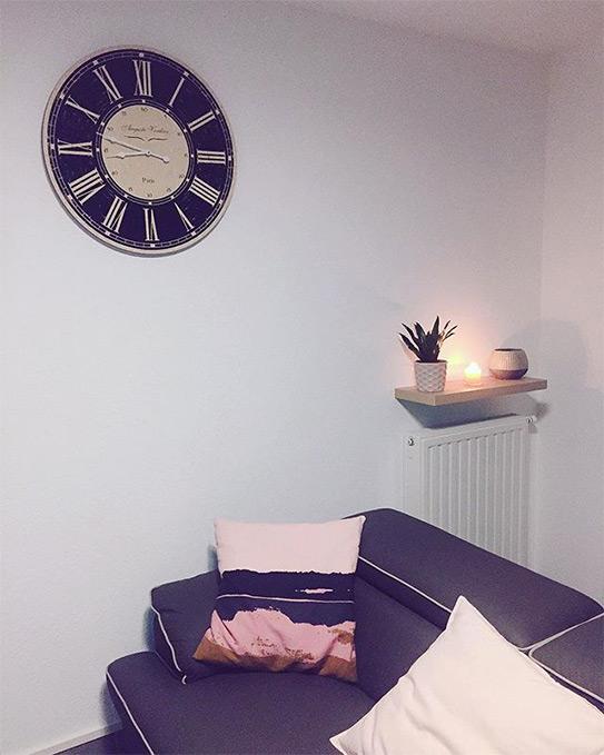 Canapé 3 places en simili VOLTAIRE - Taupe passepoil beige clair