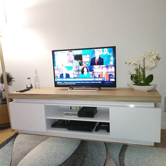 Móvel de TV HALO - 2 portas - MDF lacado - Com LEDs - Branco e carvalho