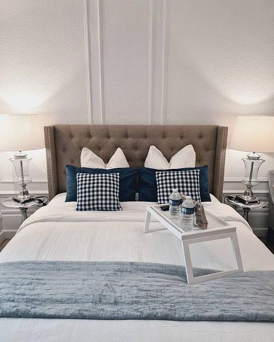 Lit MASSIMO tête de lit capitonnée - 160x200cm - Tissu beige